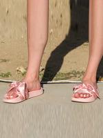 2018SS女鞋拖鞋街拍时尚