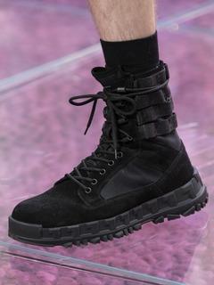 2020SSVersace女鞋靴子T台