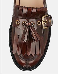 男鞋细节展示