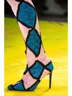 2020SSMoschino女鞋靴子T台