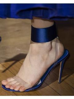 2020SSValentino女鞋凉鞋T台