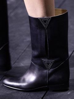 20/21秋冬Louis Vuitton女鞋靴子T台