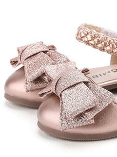 童鞋細節展示