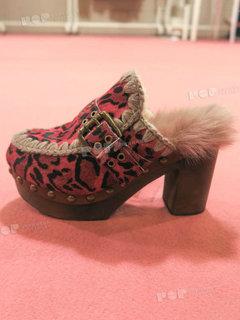 2019年2月纽约女鞋拖鞋展会跟踪208304