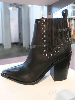 2019年2月纽约女鞋靴子展会跟踪208279