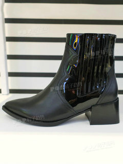 2019年5月巴黎女鞋靴子展会跟踪212079