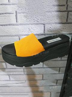 2019年7月柏林女鞋拖鞋展会跟踪213905