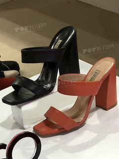 2019年10月米兰女鞋拖鞋展会跟踪218357