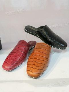 2020年2月纽约女鞋拖鞋展会跟踪227590