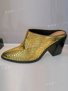 2020年2月纽约女鞋拖鞋展会跟踪227596