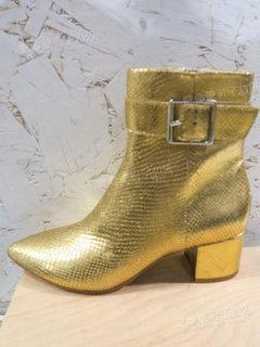 2020年2月纽约女鞋靴子展会跟踪227560