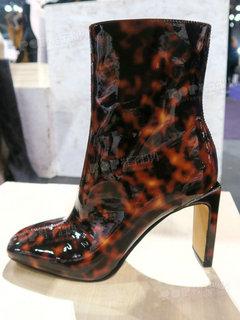 2020年2月纽约女鞋靴子展会跟踪227579