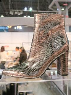 2020年2月纽约女鞋靴子展会跟踪227544