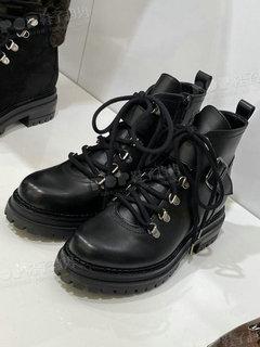 2020年3月米兰女鞋靴子展会跟踪234301